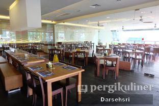Foto 13 - Interior di Sate & Seafood Senayan oleh Darsehsri Handayani