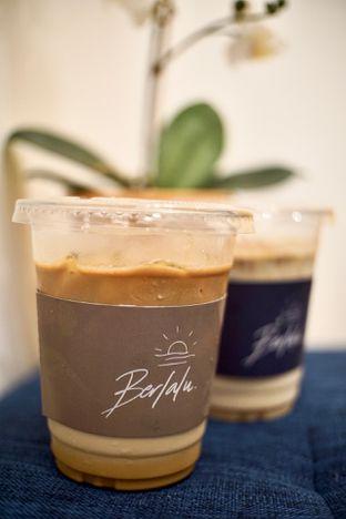 Foto 2 - Makanan(Signature Iced Coffee) di Berlalu oleh Fadhlur Rohman