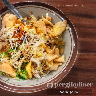 Foto - Makanan(Bubur telur ayam kampung) di Bubur Ayam Bang Udin oleh Vera Jauw