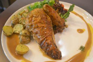 Foto 2 - Makanan di Ciknic Roast Chicken oleh IG: biteorbye (Nisa & Nadya)