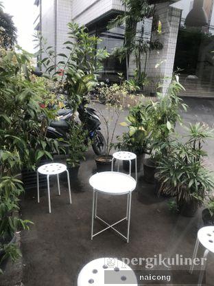 Foto 2 - Interior di FIFO Coffee Box oleh Icong