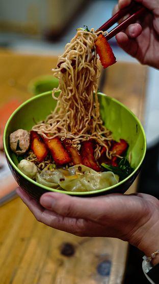 Foto 1 - Makanan di Vegetarian Bakmie Garing H-P (Hot Pedas) oleh deasy foodie