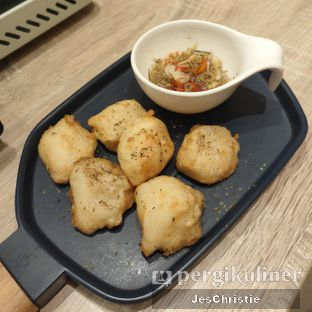Foto 2 - Makanan(Squidball w/ Sambal Matah) di Formosan Kitchen & Tea Bar oleh JC Wen