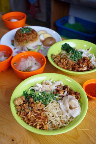 Foto 2 - Makanan di Bakmie Belawan Amin oleh Yulio Chandra