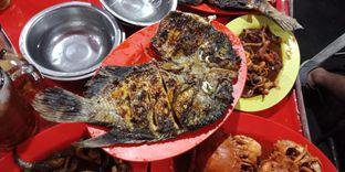 Foto 5 - Makanan di Ikan Bakar Seafood Genteng Besar oleh Julia Intan Putri