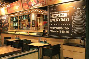 Foto 3 - Interior di Sushi Groove oleh Prido ZH