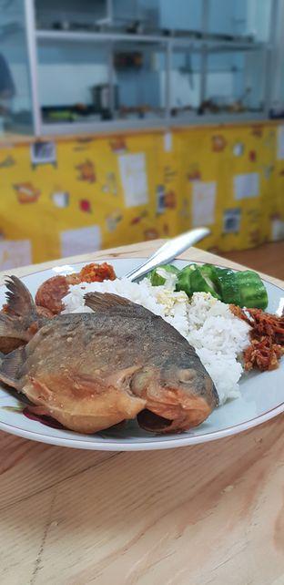 Foto 2 - Makanan di Warung Makan - Makan oleh Meri @kamuskenyang