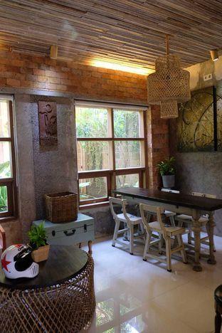 Foto 1 - Interior di Jiwan Coffee & Things oleh yeli nurlena