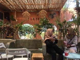 Foto 11 - Interior di Tropikal Coffee oleh Mola Hidratinum