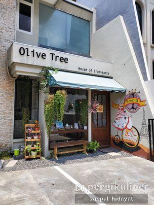 Foto 5 - Eksterior di Olive Tree House of Croissants oleh Saepul Hidayat