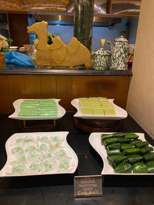 Foto review Pelangi Cafe - Ambhara Hotel oleh Yohanacandra (@kulinerkapandiet) 15
