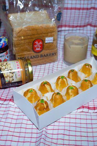 Foto review Holland Bakery oleh yudistira ishak abrar 2