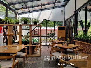 Foto 9 - Interior di Ecology Bistro oleh UrsAndNic