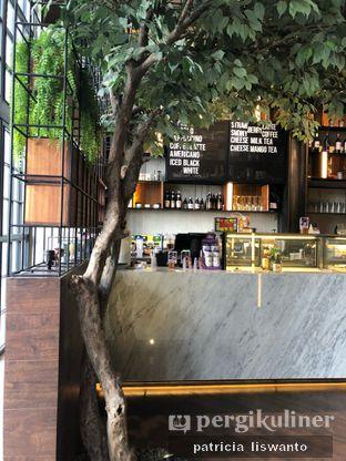 Foto 4 - Interior di Paladin Coffee + Kitchen oleh Patsyy