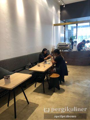 Foto 7 - Interior di Crematology Coffee Roasters oleh Cubi