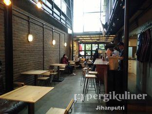 Foto 4 - Interior di Contrast Coffee oleh Jihan Rahayu Putri