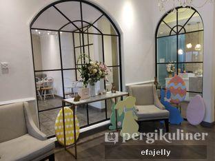 Foto 5 - Interior di St. Claire Patisserie oleh efa yuliwati