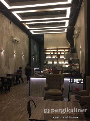 Foto 6 - Interior di Fe Cafe oleh Kezia Nathania