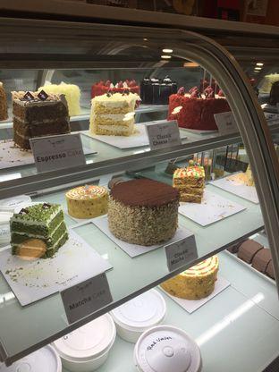 Foto 3 - Interior di Ignasia's Cake Me Away oleh Wawa | IG : @foodwaw