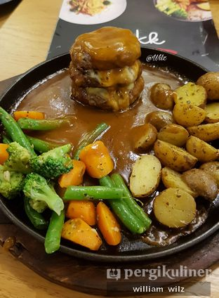 Foto 4 - Makanan di Cafe MKK oleh William Wilz