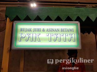 Foto 5 - Interior di Rujak Juhi & Asinan Betawi Pak Tata oleh Asiong Lie @makanajadah