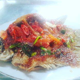 Foto 1 - Makanan(Ikan gurame bakar sambal cobek) di Lembur Kuring oleh Yudha Orishander
