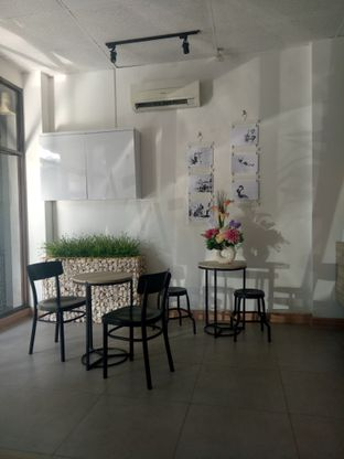 Foto 1 - Interior di Clave Coffee Shop oleh Dani Allamsyah