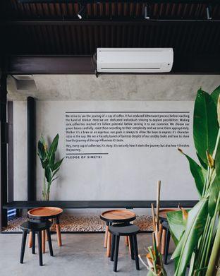 Foto review Simetri Coffee Roasters oleh Della Ayu 18