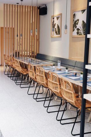 Foto 7 - Interior di Ardent Coffee oleh Indra Mulia