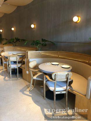 Foto 7 - Interior di Akar Restaurant and Bar oleh feedthecat