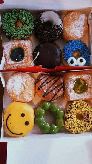 Foto 5 - Makanan di Dunkin' Donuts oleh duocicip