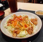 Foto Chicken Karaage Salad di Kimukatsu