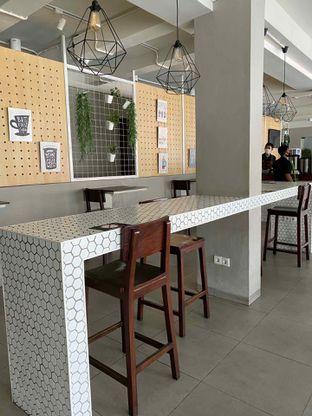 Foto 9 - Interior di Baks Coffee & Kitchen oleh Jeljel