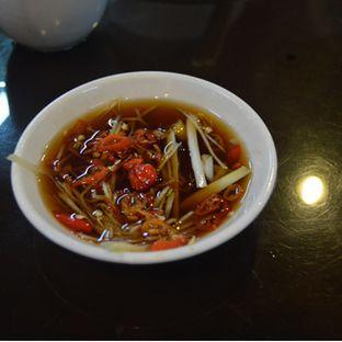 Foto 2 - Makanan di Bubur Kwang Tung oleh IG: FOODIOZ