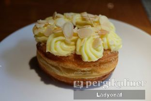 Foto 8 - Makanan di Mandarin Oriental Cake Shop - Mandarin Oriental Hotel oleh Ladyonaf @placetogoandeat