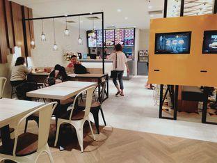 Foto 5 - Interior di BurgerUP oleh Stefany Violita
