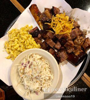 Foto 1 - Makanan(Texas Short Ribs) di Holy Smokes oleh Sienna Paramitha