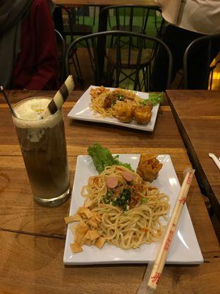 Foto - Makanan di Tampan Mie & Coffee oleh bramantiow