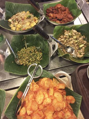 Foto 7 - Makanan di Alas Daun oleh Andrika Nadia