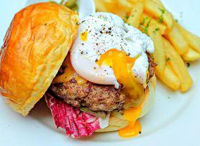 7 Burger di Senopati Buat Kamu Pecinta Burger