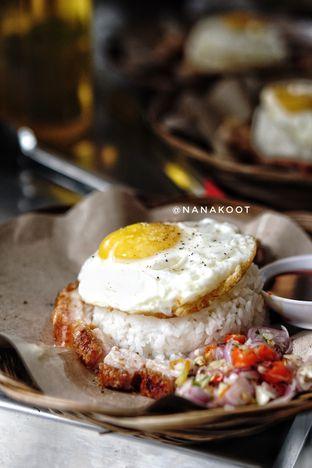Foto 2 - Makanan di Ayam & B2 Panggang TGR 99 oleh Nanakoot