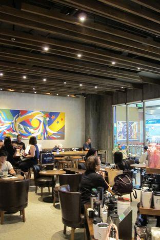 Foto 3 - Interior di Starbucks Coffee oleh Kuliner Addict Bandung