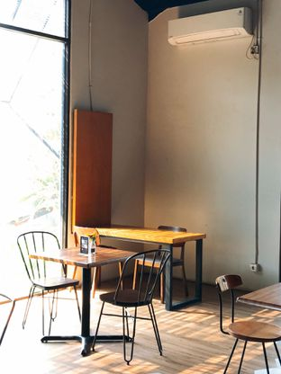 Foto review Katakan oleh yudistira ishak abrar 8