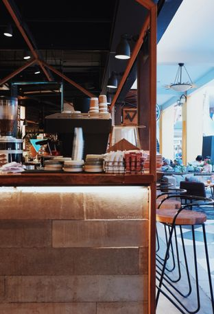 Foto 3 - Interior di Bermvda Coffee oleh Indra Mulia