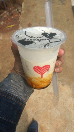 Foto 2 - Makanan(Ice Milk Boba (IDR 20k)) di Kopi Kenangan oleh Renodaneswara @caesarinodswr