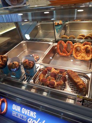 Foto 1 - Makanan di Auntie Anne's oleh Mouthgasm.jkt