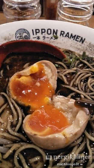 Foto 3 - Makanan di Nippon Ramen oleh Mich Love Eat