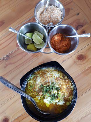 Foto 2 - Makanan di Soto Asaka oleh Amrinayu
