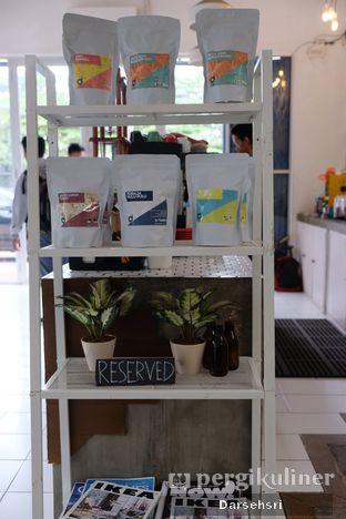 Foto 4 - Interior di Dailio Specialty Coffee oleh Darsehsri Handayani
