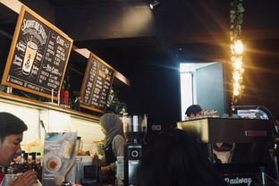 Foto 6 - Interior di Railway Coffee Station oleh Fadhlur Rohman